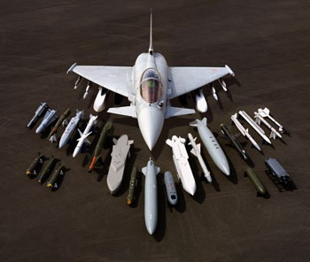 http://www.blacksuntechnology.co.uk/images/Aircraft/eurofighter-typhoon-2%5B1%5D.jpg